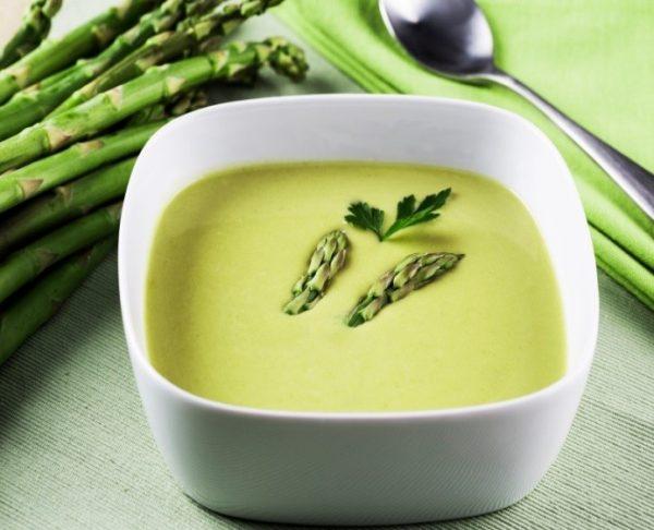 crème d'asperges vertes au marsala